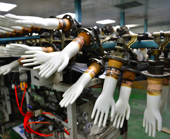 Hydraulic machine for rubber glove manufacturing