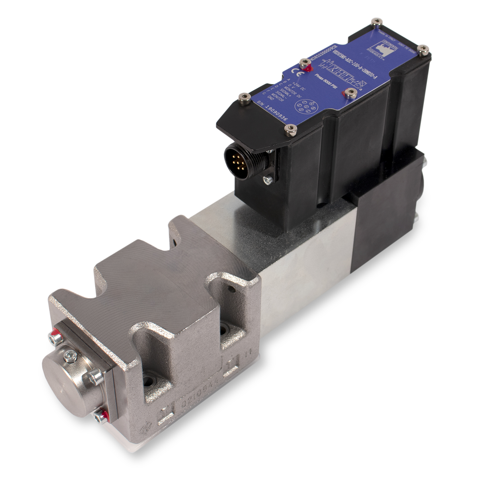 VED05MX_AZC_100_1_OBME0D_A high performance servo-proportional valve product; white background